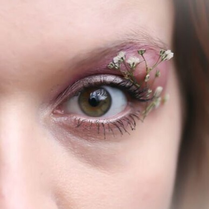 Face Florals // Just Gypsophila