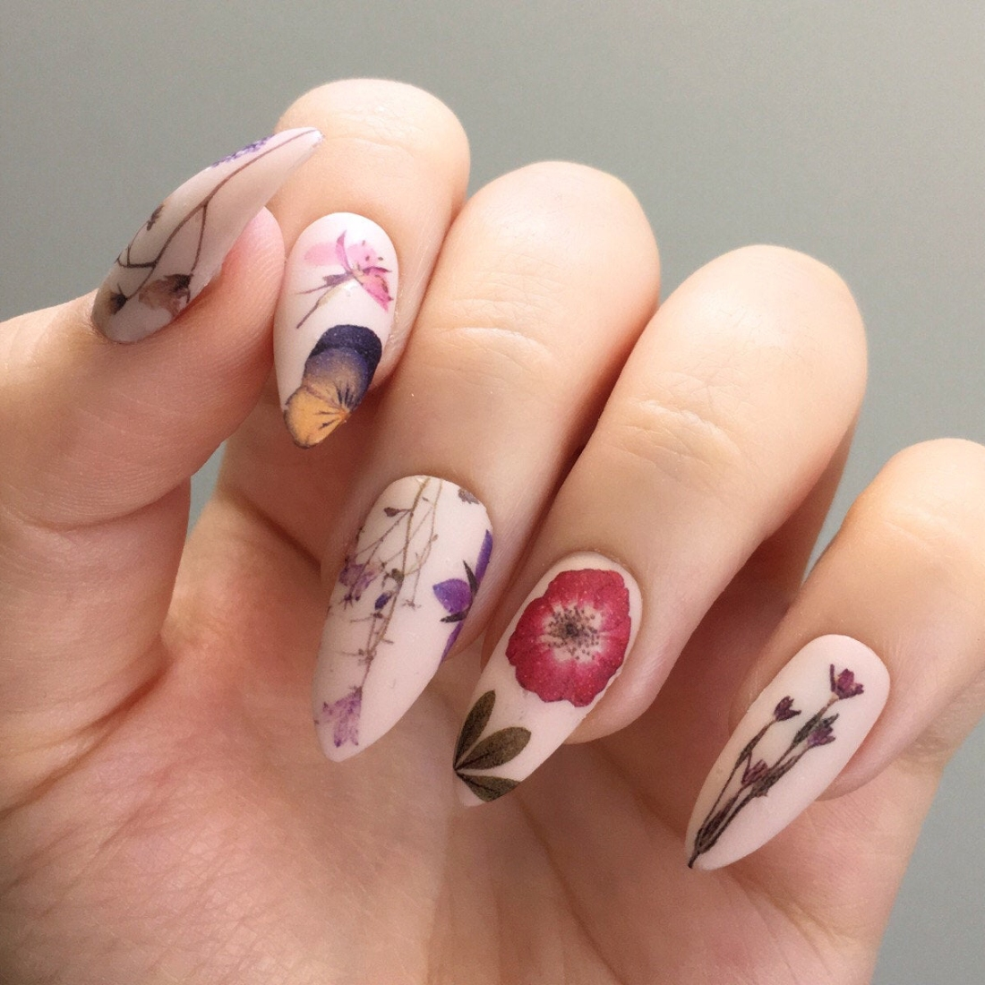 Jane Safarian Nail Art
